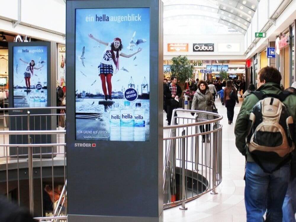 mídia indoor em shoppings